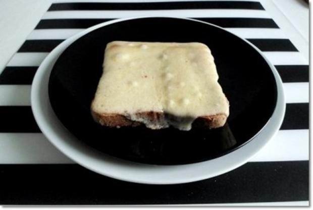 """""""Wurst-Blume""""  auf  Cheddar-Käse-Sandwich - Rezept - Bild Nr. 16"""