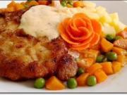 """Paniertes Schweinesteak mit Gemüse,  nappiert mit """"Café de Paris Sauce"""" - Rezept"""