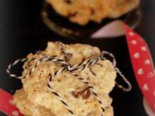 Plätzchen: Schoko-Cookies mit karamellisierten Mandeln - Rezept