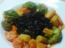 Curry mit Schwarzwurzeln und schwarzem Reis - Rezept