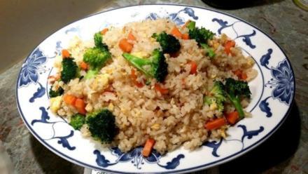 Gebratener Reis mit Gemüse - Rezept