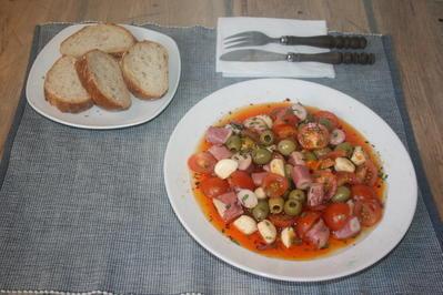 Pulpo galicia, Tintenfisch mit Knoblauch in Chillimarinade und eingelegten Oliven - Rezept - Bild Nr. 32
