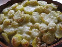 Kartoffel-Lauchauflauf mit Hackfleisch - Rezept