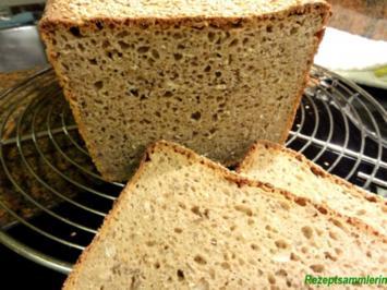 Rezept: Brot:   ROGGEN-KÖRNER-BROT mit Sesamkruste