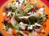 Rübchen-Gurkensalat mit Lachs - Rezept
