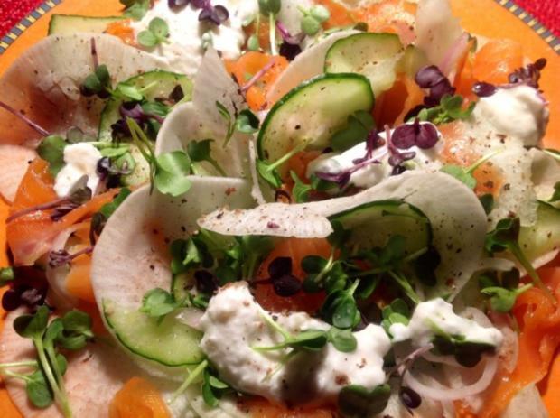 Rübchen-Gurkensalat mit Lachs - Rezept - Bild Nr. 2