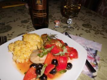 Hähnchenkeulen auf Paprikagemüse mit Safran-Risotto>> - Rezept