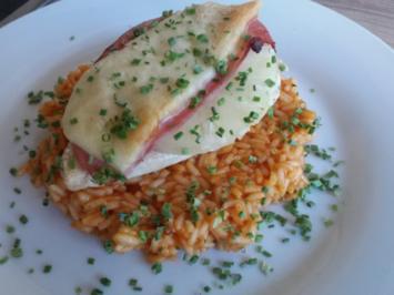 Rezept: Hawaii-Schnitzel auf Tomaten-Reis