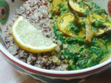 Seitan-Spinat-Pilz-Pfanne mit Kurkuma und Quinoa - Rezept
