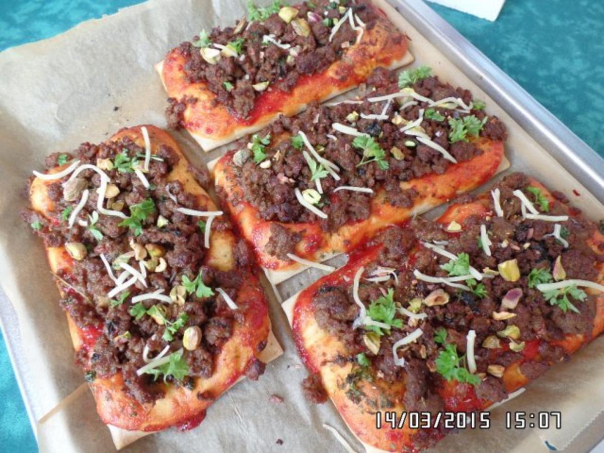 Bilder für Hackfleisch-Pizza - Rezept