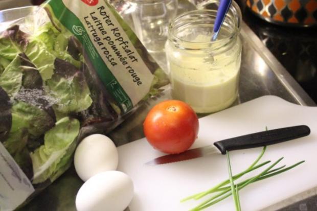 Roter Kopfsalat an französischer Sauce für Gäste - Rezept - Bild Nr. 3