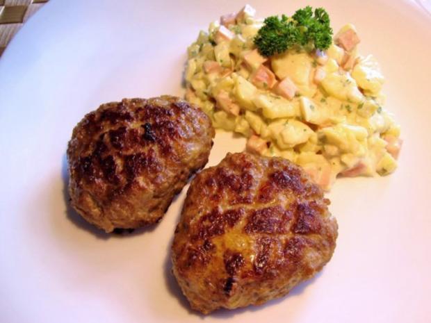 Griechisch gewürzte Hackfleisch-Küchle mit typisch deutschem Kartoffelsalat ... - Rezept - Bild Nr. 6