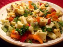 fruchtiger Käsesalat mit Äpfeln, Kiwi und Paprika - Rezept