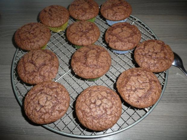 Schoko - Cupcakes mit Johannis - + Brombeere - Quark - Topping ! - Rezept - Bild Nr. 5