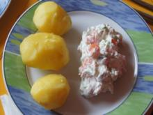 Pellkartoffeln mit Quark-Dip und geräucherter Lachsforelle - Rezept