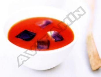Rezept: Tomaten-Paprika-Suppe mit Auberginen-Croûtons
