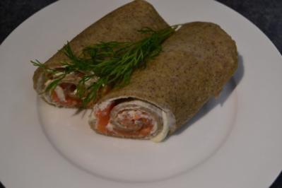 Buchweizenpfannkuchen mit Frischkäsecreme und Lachs - Rezept