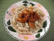 Reisnudeln mit Seitangulasch in Orangensaft - Rezept