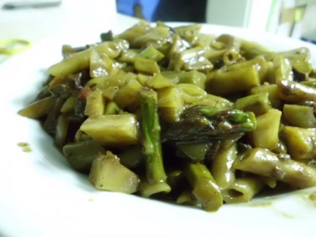 Pfannengericht: Gemüseragout mit Nudeln - Rezept