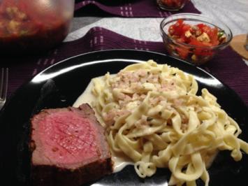 Roastbeef vom Grill mit Bandnudeln in Weißwein-Sahne-Sauce - Rezept
