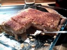 Tiramisukuchen mit Kaffecreme auf Biskuitboden - Rezept