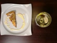 Warme Apfeltarte mit Vanillesoße und edelsüßem Riesling - Rezept