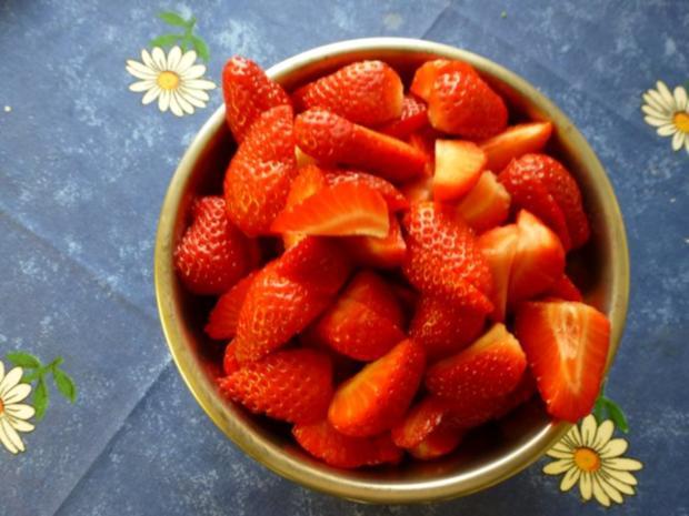 Pudding mit frischen Erdbeeren - Rezept - Bild Nr. 5