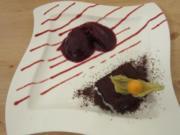 Super schokoladige Brownies mit Beerensorbet - Rezept