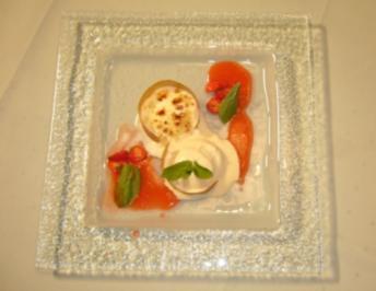 Karamellisierter Limonenflan mit marinierten Erdbeeren u. Szechuanpfeffereis - Rezept