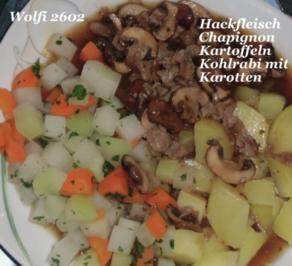 Gemüse : mit Thüringer Hackfleisch in brauner Champignon-Soße, Kohlrabi und Karotte - Rezept