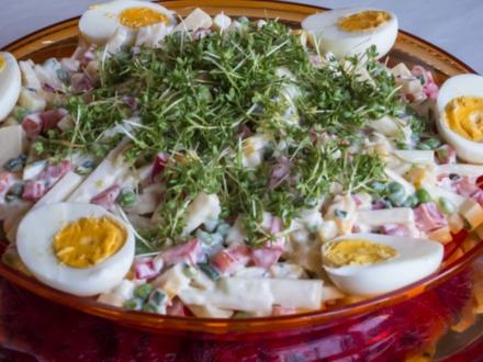 Salate: Gute Laune Käsesalat - Rezept