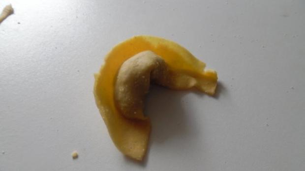 Tortellinis mit Pilzfüllung auf Tomaten-Mango-Sugo - Rezept - Bild Nr. 5