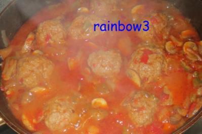 Rezept: Kochen: Hackbällchen in Paprika-Champignon-Sauce