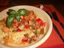 Paprika-Würstchen-Gulasch>> - Rezept