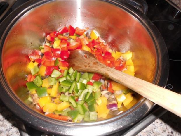 Paprika-Würstchen-Gulasch>> - Rezept - Bild Nr. 5
