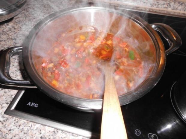 Paprika-Würstchen-Gulasch>> - Rezept - Bild Nr. 7