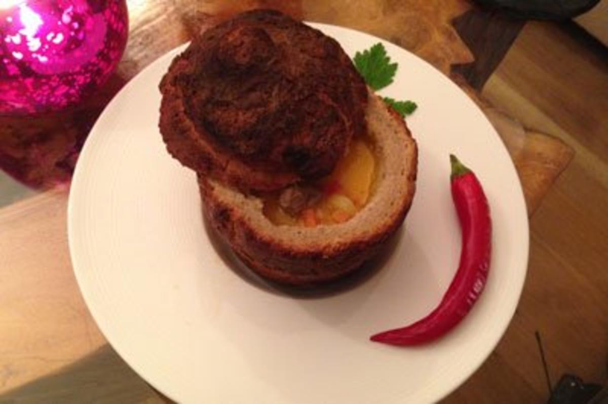 Transsilvanische Suppe im Brotlaib - Rezept Eingereicht von Das perfekte Dinner