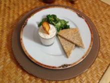 Gorgonzola-Frischkäse-Mousse an Vogerlsalat - Rezept