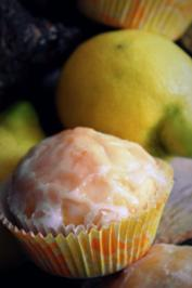 Zitronen-Muffins mit Buttermilch - Rezept