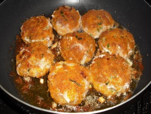 Buletten mit Rahmsauce, Currykartoffelstampf und Möhrengemüse - Rezept - Bild Nr. 3