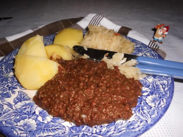 Grützwurst mit Sauerkraut>> - Rezept