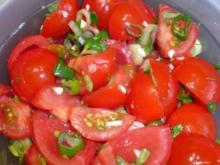 Tomatensalat mit Oregano und Thymian - Rezept