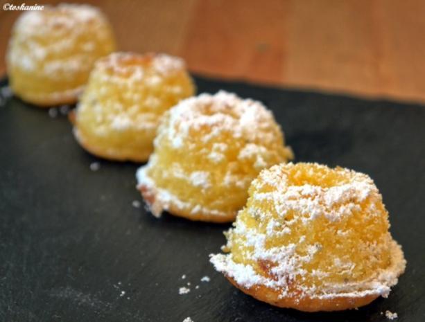 Zitronen-Holunderblüten-Guglhüpfer - Rezept