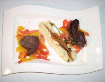 Straußenfilet mit süß-saurem Paprika an Kartoffelpüree - Rezept