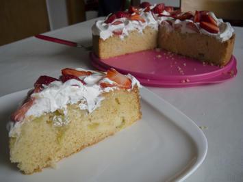 Rezept: Kuchen: Rhabarber-Kuchen mit Holunderblütensirup