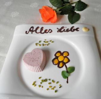 Erdbeer Panna Cotta mit Mangosauce ... - Rezept - Bild Nr. 16