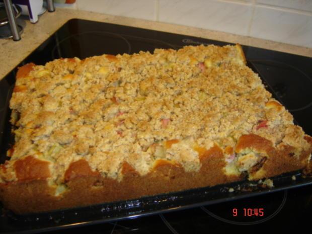 Rhaberberkuchen mit Mandelstreusel - Rezept - Bild Nr. 11