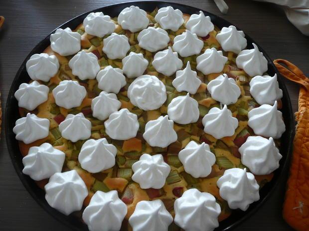 Rhabarberkuchen mit Baiser  - Rezept - Bild Nr. 24