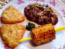 Zwiebelsteak vom Schweinenacken mit Maiskölbchen zum Abnagen - Rezept - Bild Nr. 24