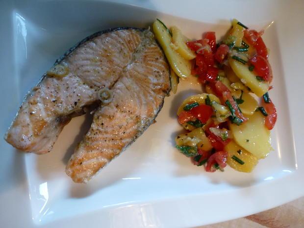 Lachskotlett mit Kartoffelsalat - Rezept - Bild Nr. 13